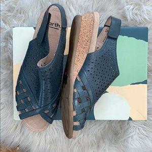 Earth Pisa Galli Platform Sandals